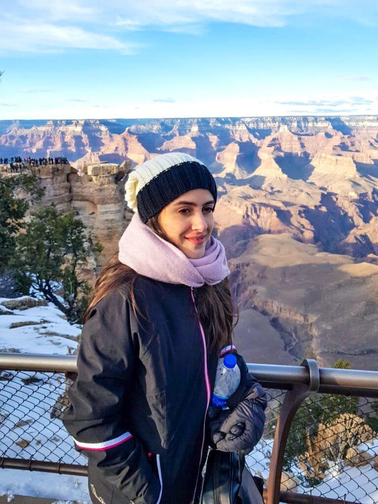 Mulher no Grand Canyon