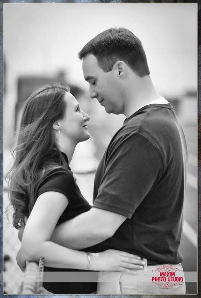 Maxim Photo Studio captured the Cincinnati Engagement photo
