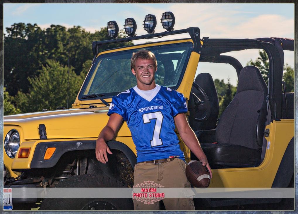 Maxim Photo Studio captured the Springboro Senior Photo 2