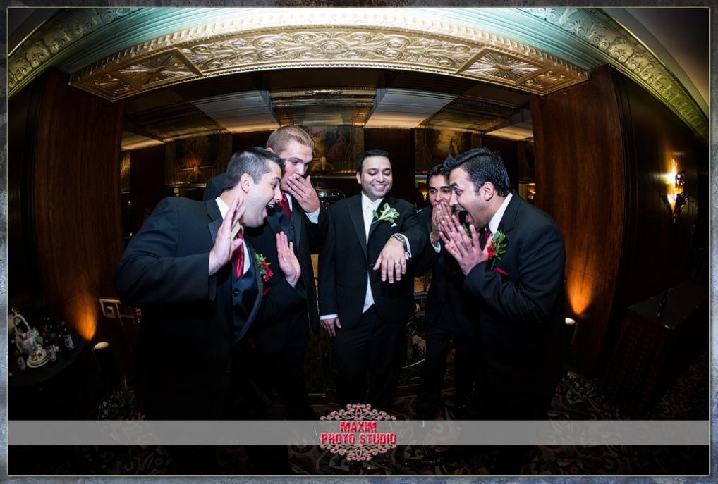 Maxim Photo Studio captured the wedding photo at Hilton-Netherland-hotel