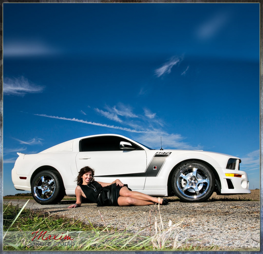 Boudoir photographer in Dayton OH Maxim Photo Studio
