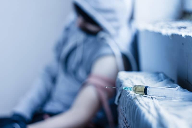 Drug addict male-cm