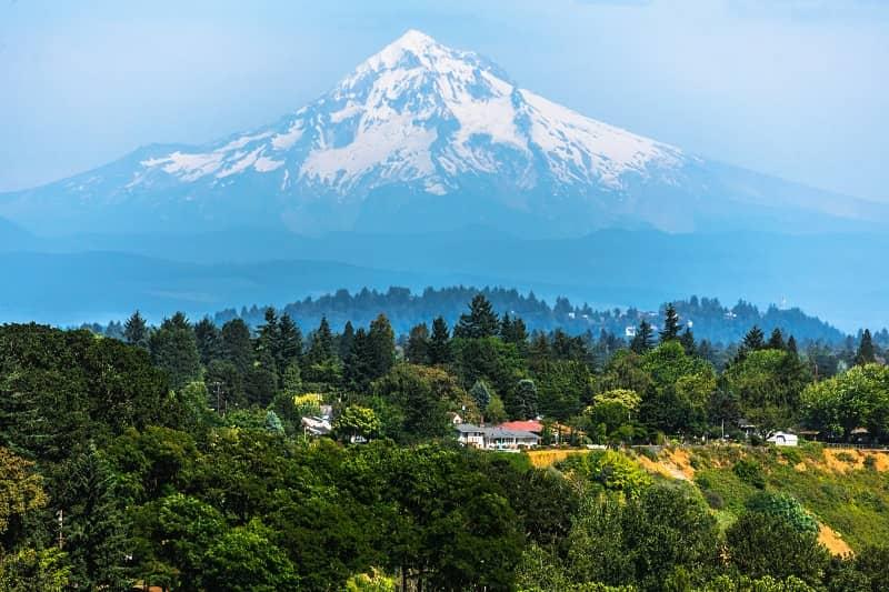 Mount Hood from Portland-cm