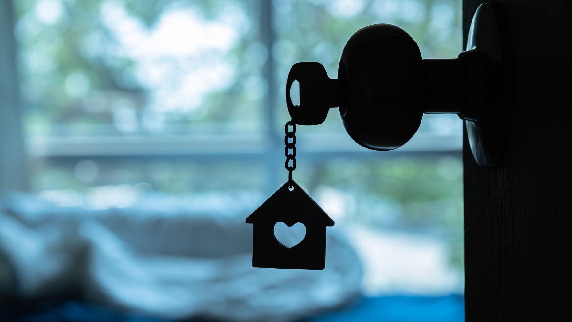 Real estate brokers switch to virtual open houses amid coronavirus outbreak