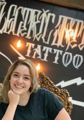 shana-scavelli-electric-artistry-tattoo