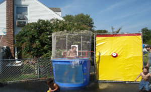 Long Island Dunk Tank, Long Island Inflatables, New York Children's Parties, Long Island Block party Entertainment, Long Island fundraiser