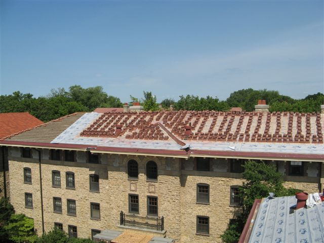 University of Wisconsin Sharkskin Ultra SA