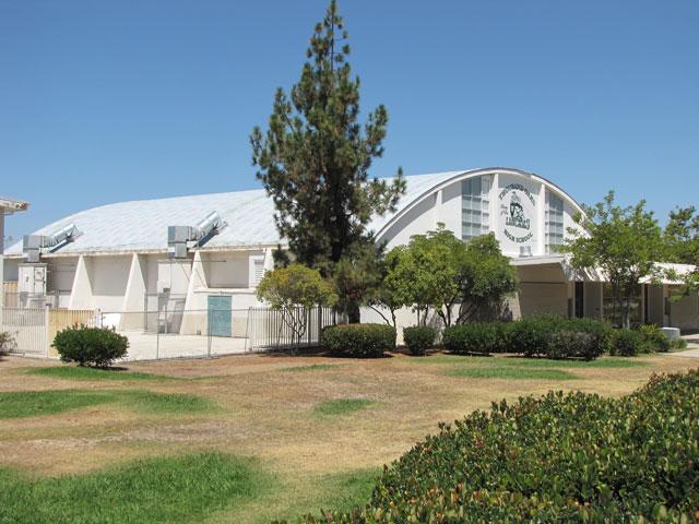 Thousand Oaks High School Gym Sharkskin Ultra SA