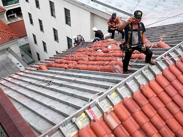 Houston_UltraSA-under-tile_Jones.Roofing.2X