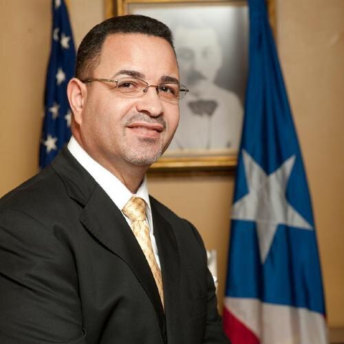 Hon. Ramón A. Hernández Torres Alcalde de Juana Diaz, Miembro