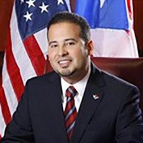 Hon. Luis J. Hernandez Ortiz Alcalde de Villalba Presidente
