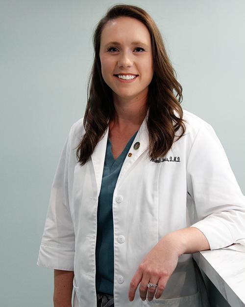 Dr Amanda Davis