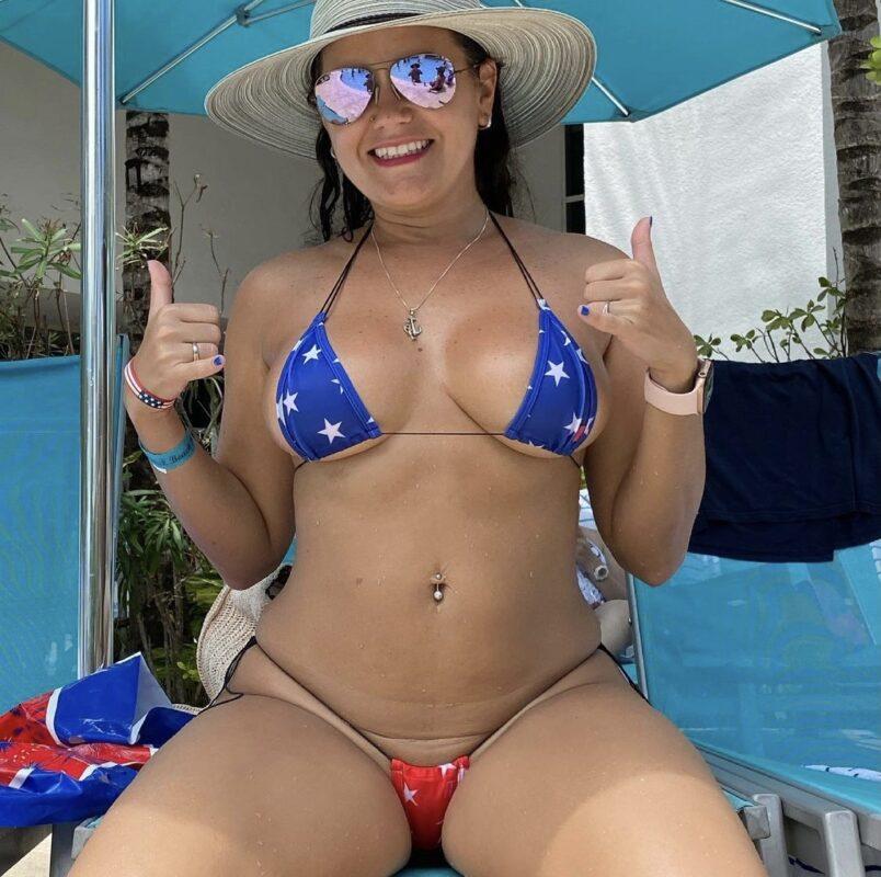 Hot mom's in sexy bikinis by OH LOLA SWIMWEAR:1