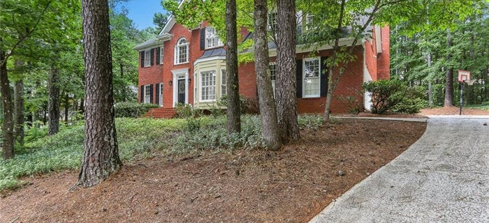 510 Saddlebrook, Roswell, GA 30075 is now new to the market!