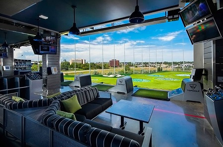 1935_hitting-bay-day-topgolf-centennial-01