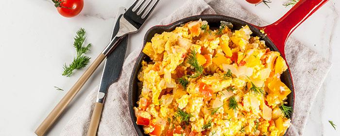 eatery-saloon-breakfast-menu-skillets