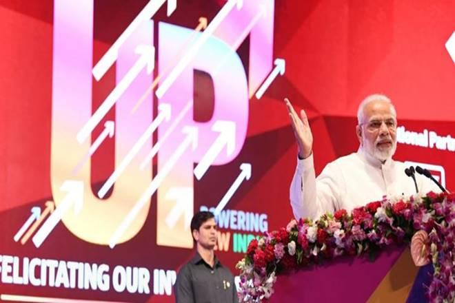 Modi: Not Scared of Standing Next to Businessmen