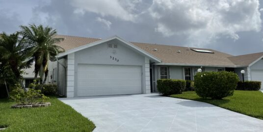 3230 Anthony CIR S West Palm Beach, FL 33417