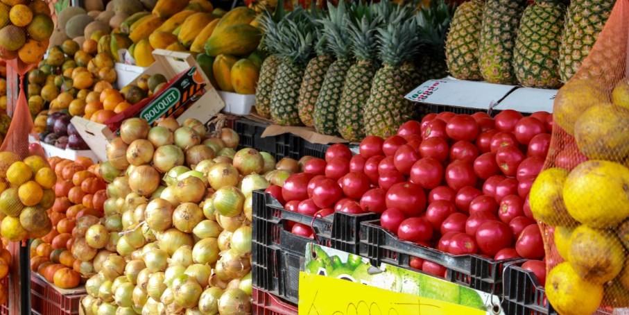 "Jaco's Farmer Market Full Of Freshness, Flavor and ""Calidad"""
