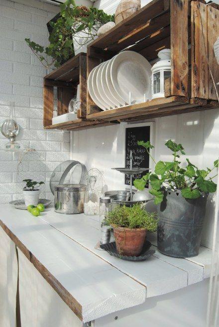 Estantes de cocina con un toque natural