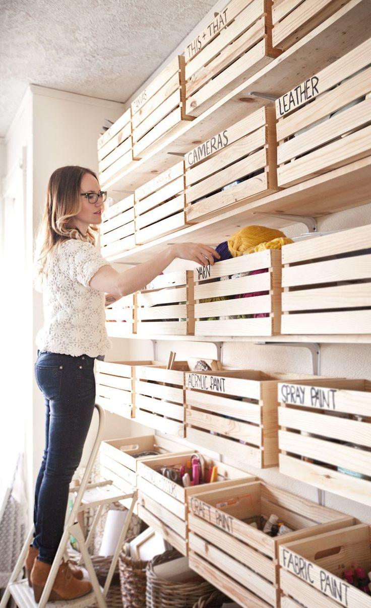 Organizador de ropa en cajas de madera