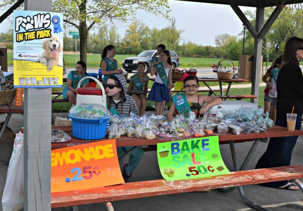 Raising money for the shelter dogs at Happy Tails Rescue with a bake sale
