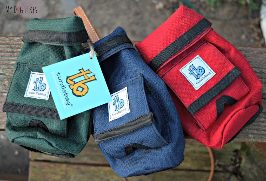The Turdlebag leash attachment comes in 3 different colors.