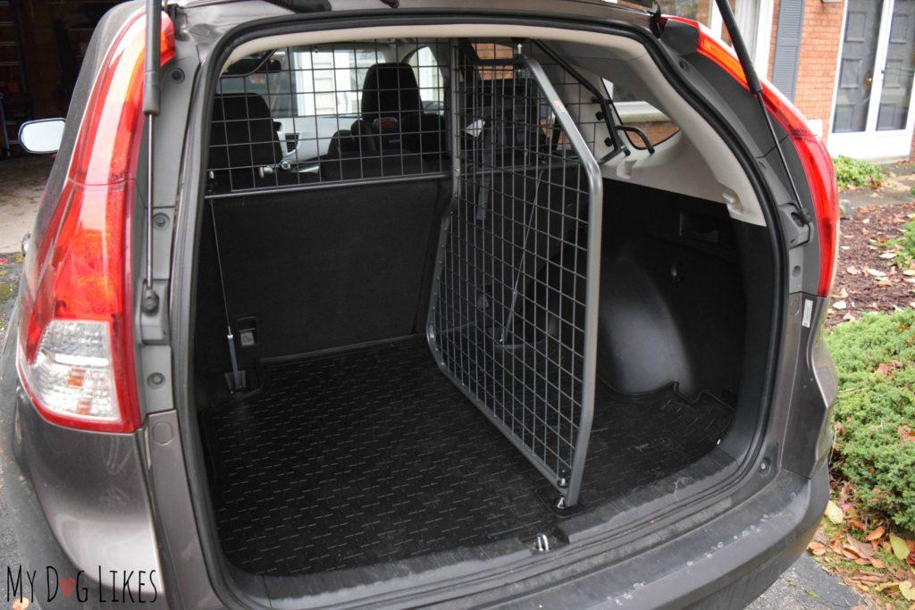 Travall Divider, barrier and floor liner installed in a Honda CRV