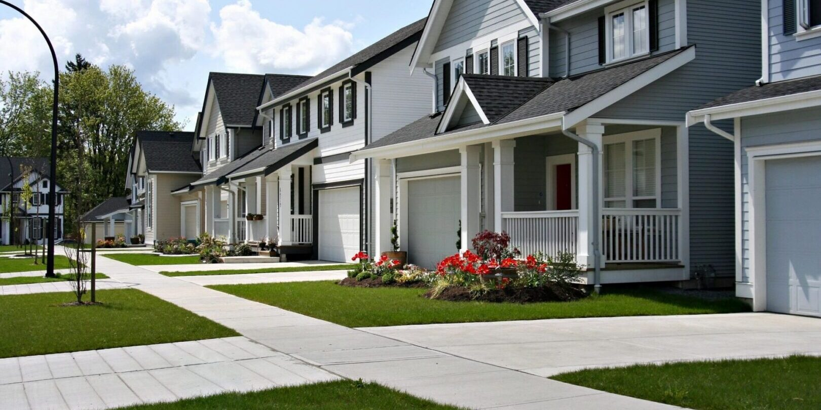 Beautiful homes with clean-cut front yard