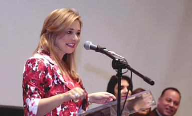 Preside Maru Campos Celebración del XX Aniversario del Centro de Exposiciones