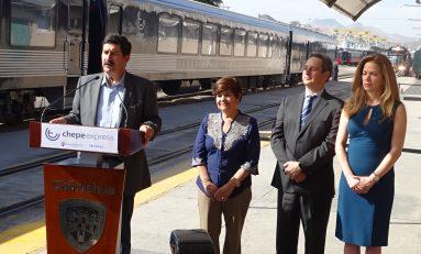 """Inaugurán Chepe Ruta Express en Chihuahua """"el único tren de lujo en México""""; inversión de 155 mdp"""