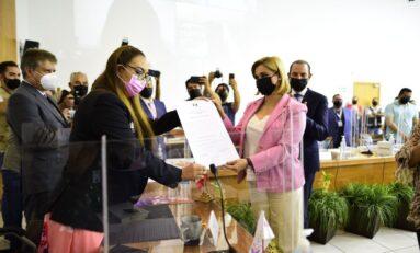 Recibe Maru Campos Constancia de Mayoría como Gobernadora Electa para Chihuahua