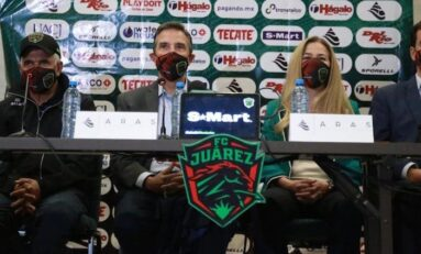 """Juárez es Tucasa""; así recibieron juarenses a Ricardo ""Tuca"" Ferretti"