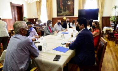 Se reúne equipo de transición de Maru Campos con Secretario de Gobierno