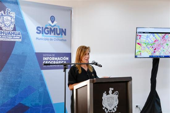 Encabeza Alcaldesa presentación del Sistema de Información Geográfica del Municipio