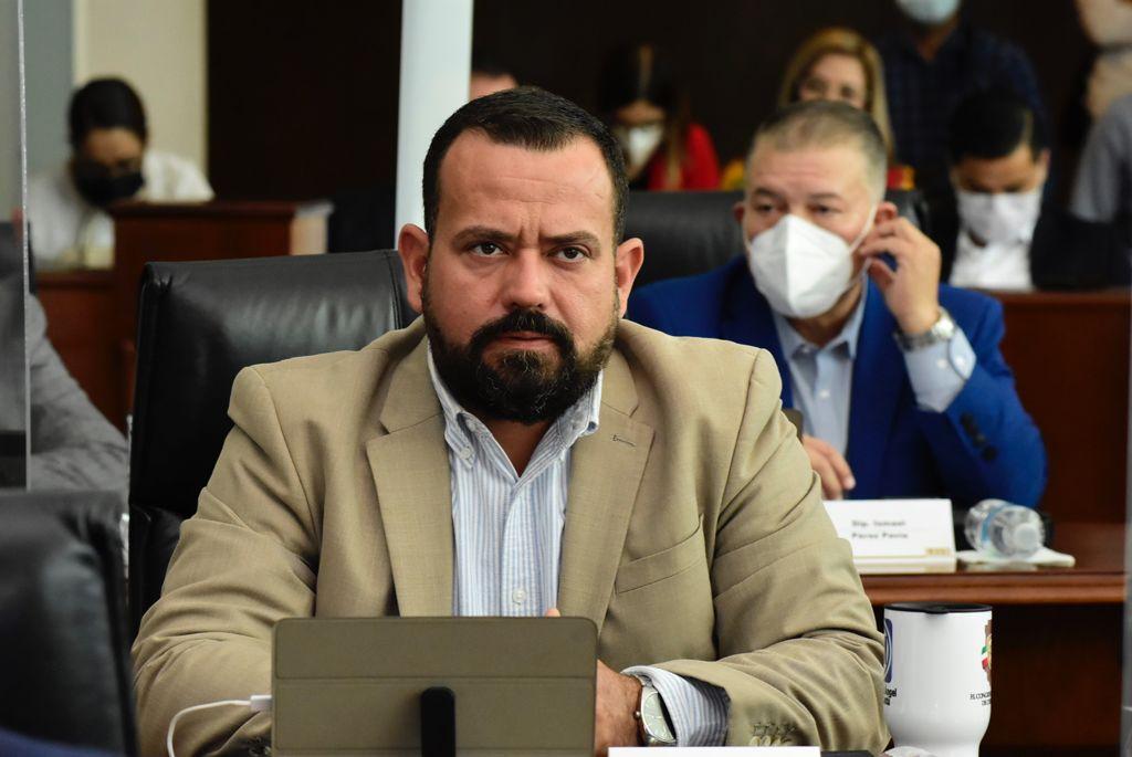 Diputado García Cantu a favor de reducción de comités y comisiones del Congreso