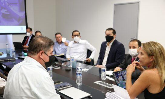 Se reúne titular de SIDE con representantes de iniciativa Chihuahua Global
