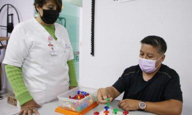 Seguro Social brinda plan de rehabilitación con ludoterapia a pacientes con Alzheimer