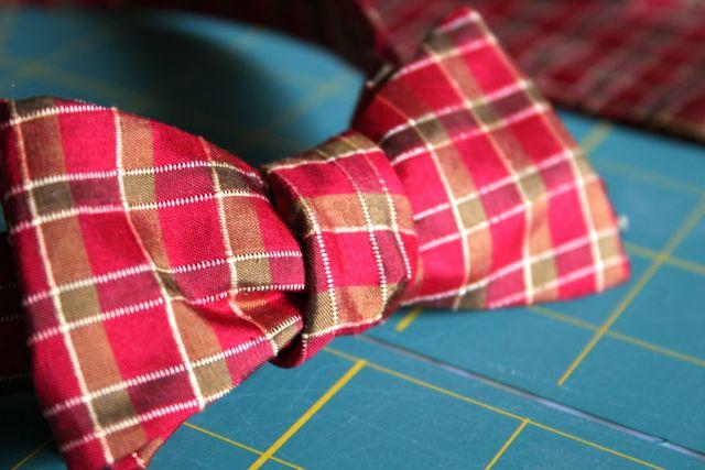 bow tie close