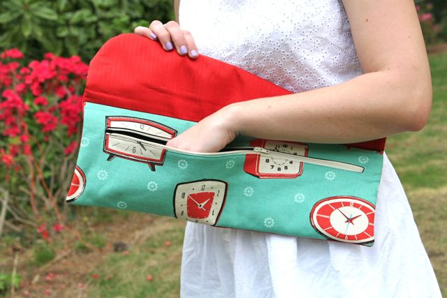 handbags ecourse clutch unzipped