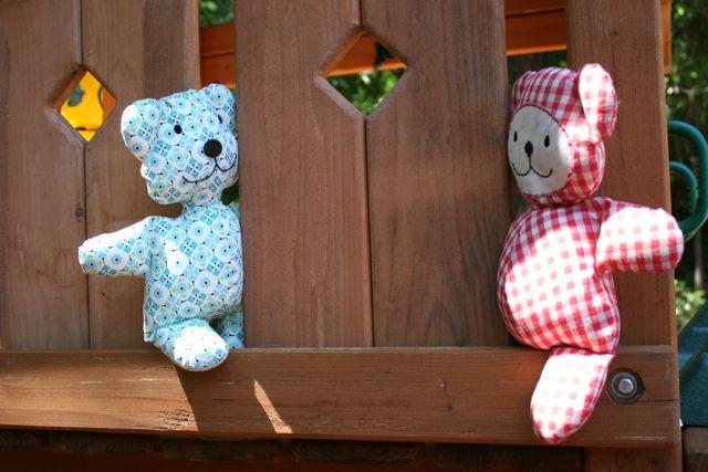 teddy bear peekaboo