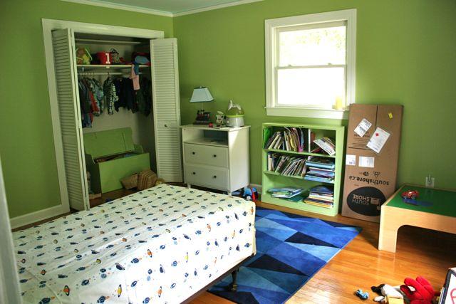 boys room before 1