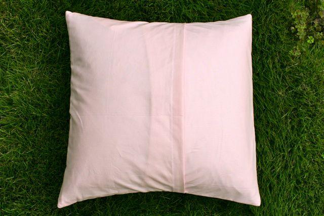 liberty stile pillow back