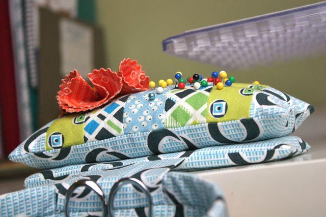 thread catcher pin cushion