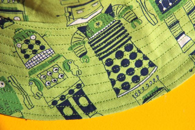 little things to sew bucket hats topstitching