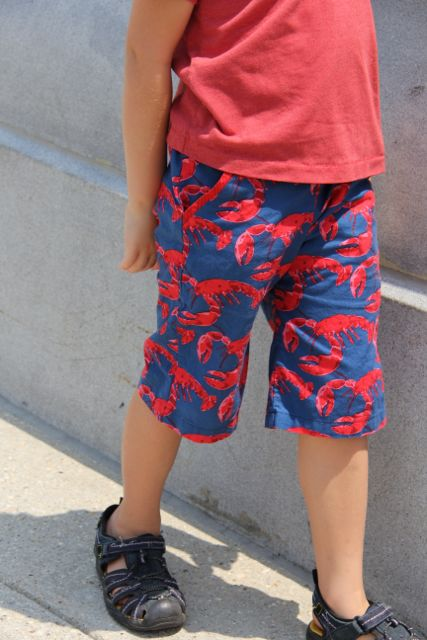 lobster boy shorts with slant pockets