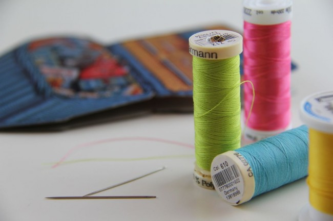 sewing needles and thread for hemming