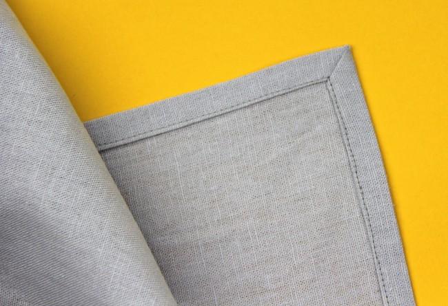 mitered linen napkin corners