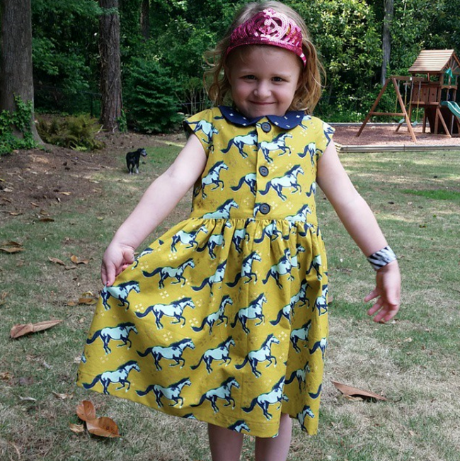 The Flip Flop Dress: Peter Pan collar with cap sleeves