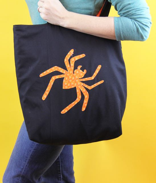 carry the spider tote